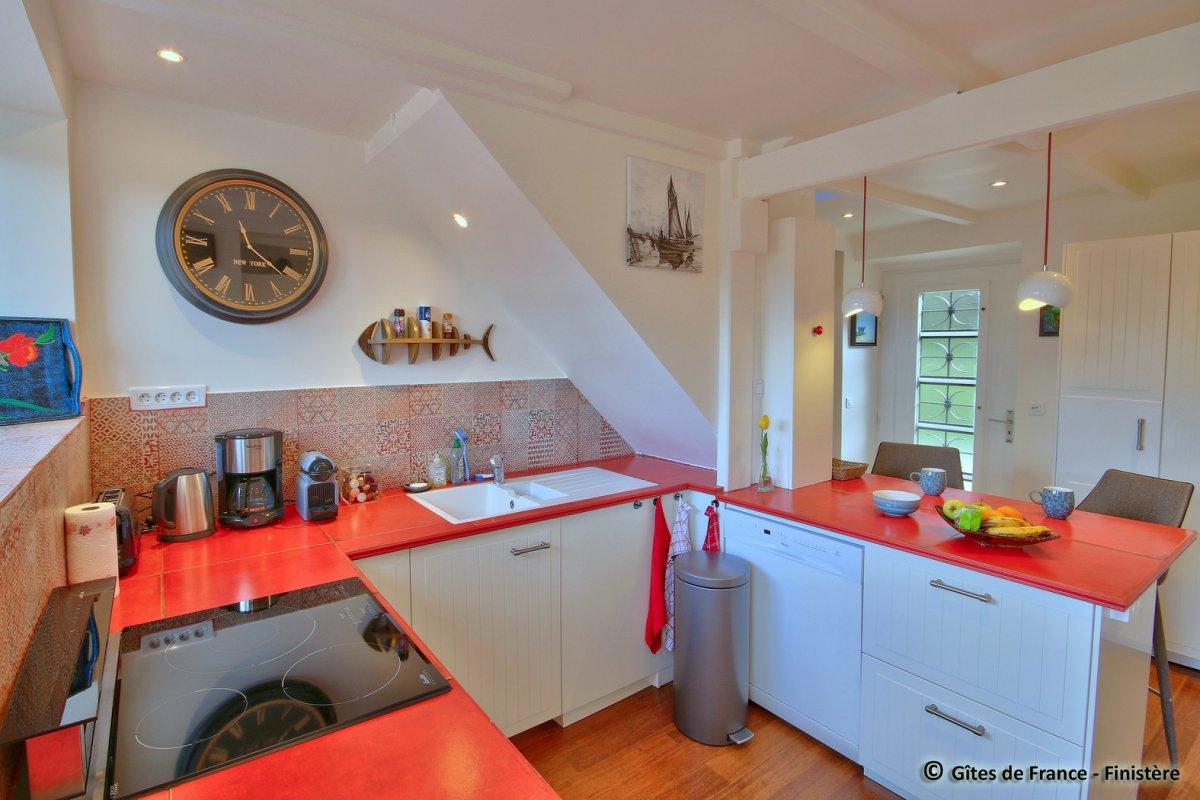Pi ces vivre villa kerhuel for Equipement cuisine amenagee